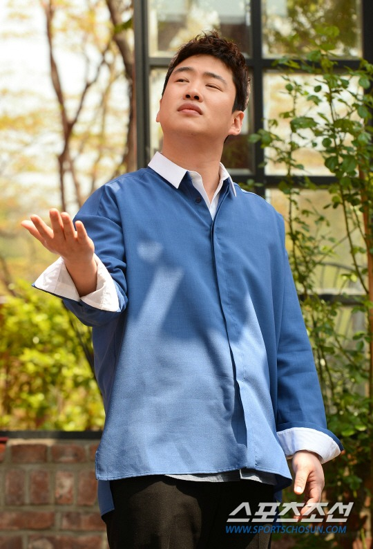 Ahn Jae-hong interview with Sports Chosun