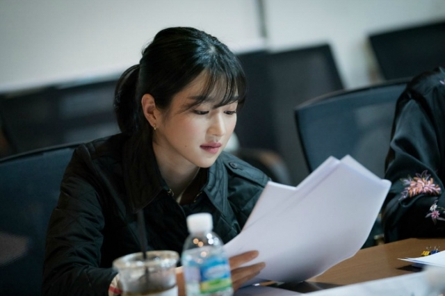 Script Reading for the Korean drama Lawless Lawyer starring Lee Joon-gi and Seo Ye-ji