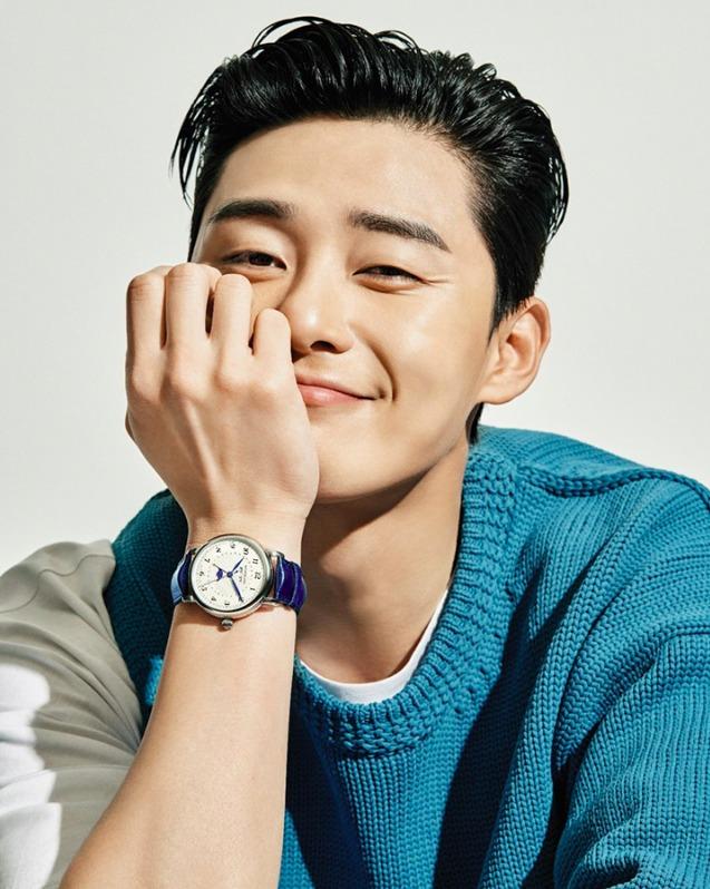 Park Seo-joon smiling deliciously at the camera