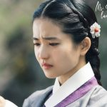 A woman crying in traditional clothing in Kdrama Mr. Sunshine