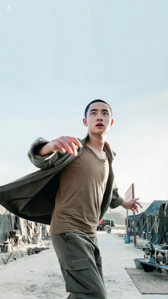 Do Kyung Soo dancing in Korean Movie Swing Kids