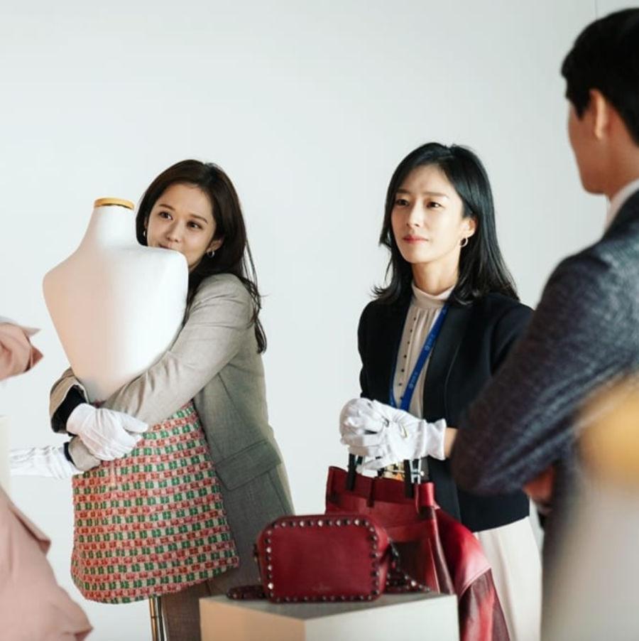 Behind the scenes of Korean drama VIP
