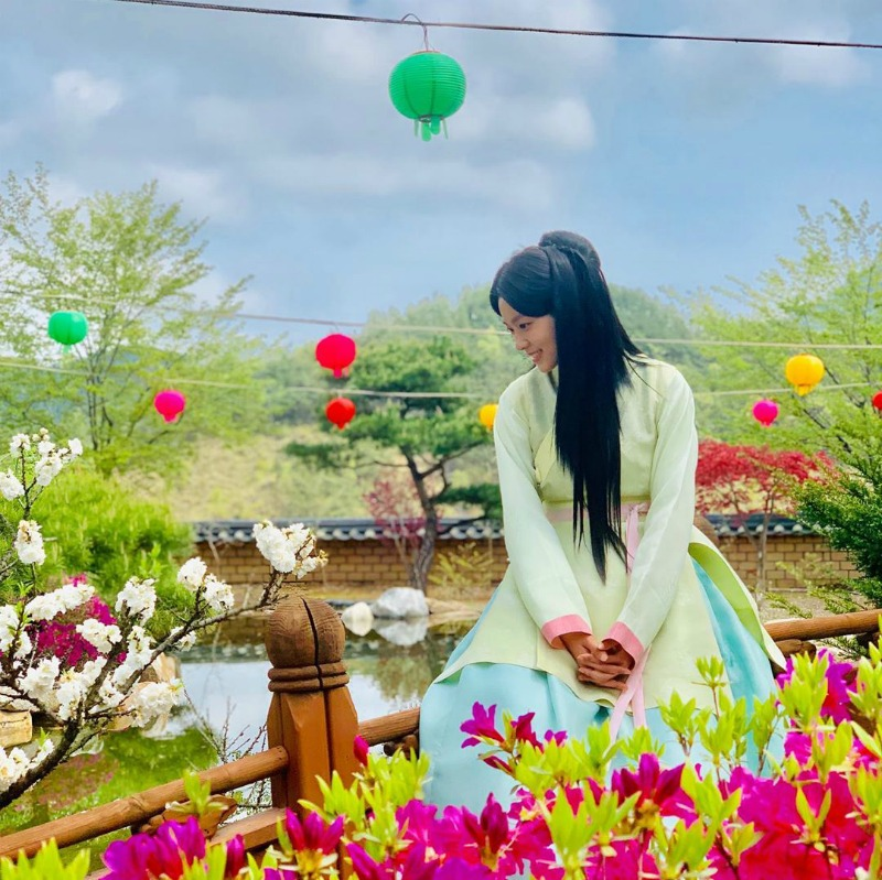 Seol Hyun behind the scenes in Kdrama My Country