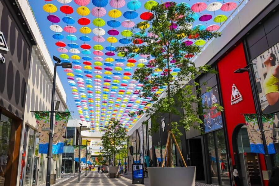 K-Drama Travel: The Triple Street Mall in It's Okay To Not Be Okay